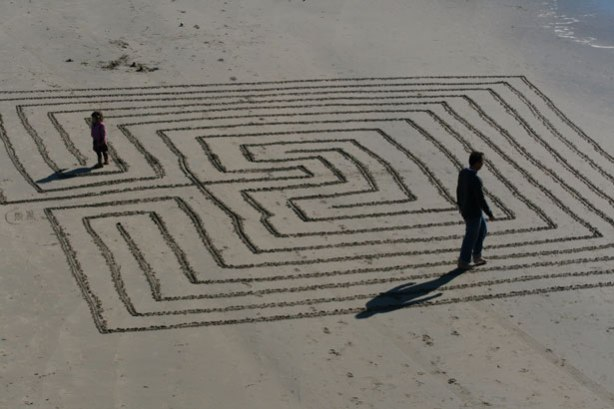 maze_in_the_sand